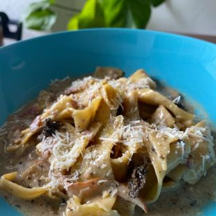 Pappardelle with black truffle and salted kombu