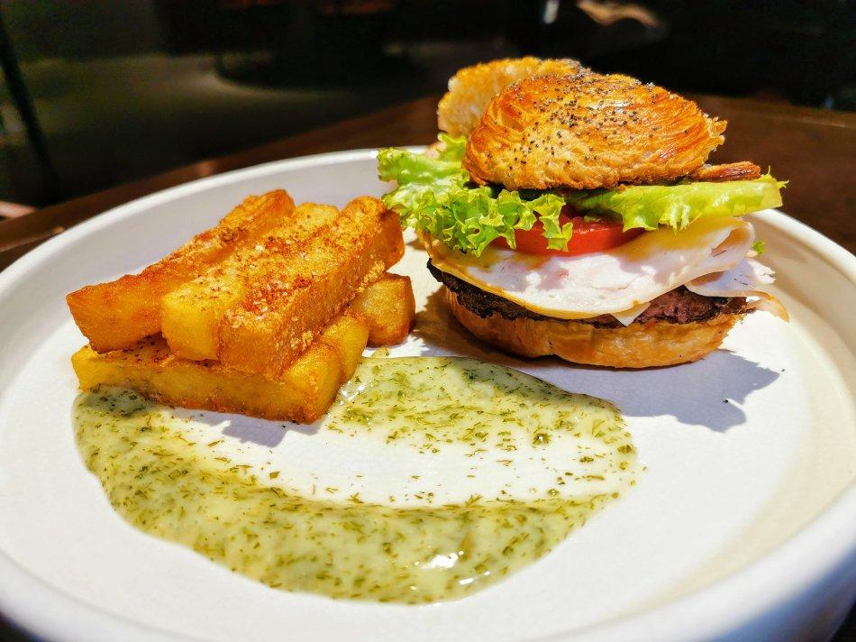 Signature Wagyu Burger at Bref by Darren Chin