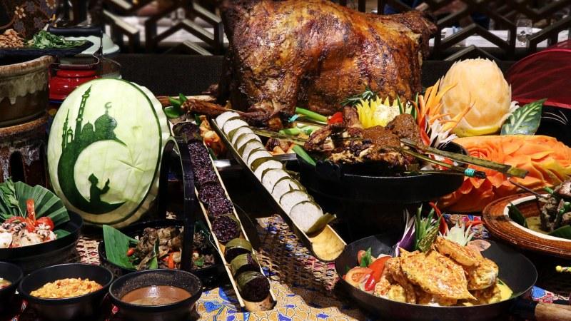 Sheraton-Petaling-Jaya-Ramadan-buka-puasa-2020-food